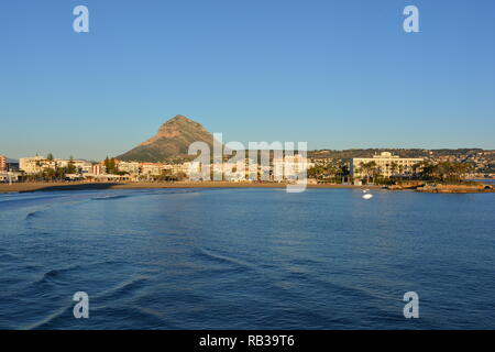 View to the Arenal beach and Montgo mountain, Javea / Xabia, Alicante Province, Comunidad Valencia, Spain - Stock Image