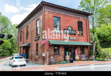 JONESBOROUGH, TN, USA-4/28/19: This building was built in 1840 by businessman William Crouch, and used as a general store and warehouse. - Stock Image