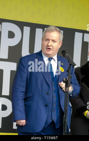 London, UK. 23rd Mar, 2019. Ian Blackford MP, SNP leader in the House of Commons, spekiang at the People's Vote March and rally, 'Put it to the People.' Credit: Prixpics/Alamy Live News - Stock Image