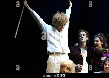 Sydney, Australia. 12th July 2019. Final dress rehearsal of Whiteley, Opera Australia's newly commissioned work about the turbulent life of iconic Australian artist Brett Whiteley and his vivacious wife Wendy. Pictured: Leigh Melrose in the role of Brett Whiteley on stage at the Joan Sutherland Theatre, Sydney Opera House. Credit: Richard Milnes/Alamy Live News - Stock Image