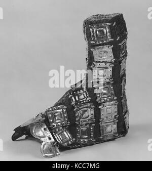 Slipper with Metal Ornaments, 13th–15th century, Peru, Chimú or Chancay, Metal (hammered), camelid hair, cotton, - Stock Image