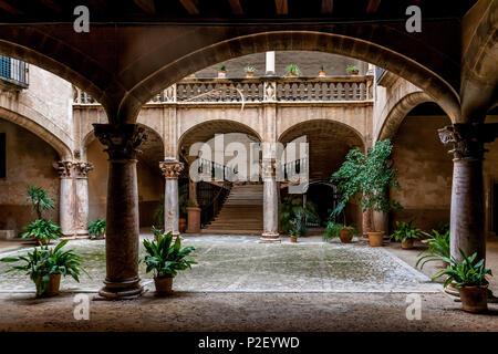 Backyard or Patio in the old city of Palma, Palma de Mallorca; Balearic Islands; Spain; Europe' - Stock Image