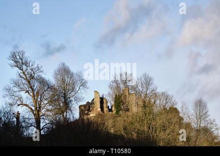 Near Presteigne, Powys, UK. The ruins of the 12c Stapleton Castle stand on a motte outside the town, on the Herefordshire (English) side of the border - Stock Image