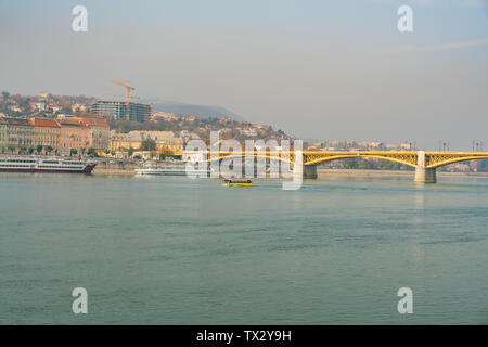 Morning view of Margaret Bridge and River Danube at Budapest, Hungary - Stock Image