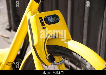 Ofo dockless rental bikes - Stock Image