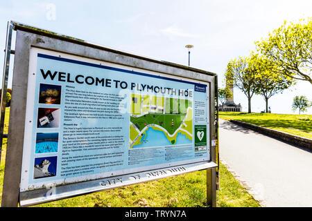 Plymouth Hoe Devon, Plymouth, Devon, UK, England, Plymouth Hoe sign, Plymouth Hoe welcome sign, Plymouth Hoe, sign, Devon UK, Plymouth Devon, - Stock Image
