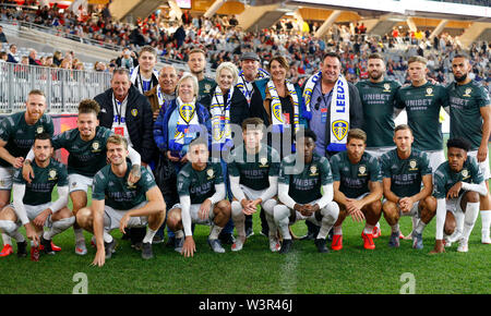 Optus Stadium, Burswood, Perth, W Australia. 17th July 2019. Manchester United versus Leeds United; pre-season tour; Leads United players pose for a photograph with supporters before the game Credit: Action Plus Sports Images/Alamy Live News - Stock Image