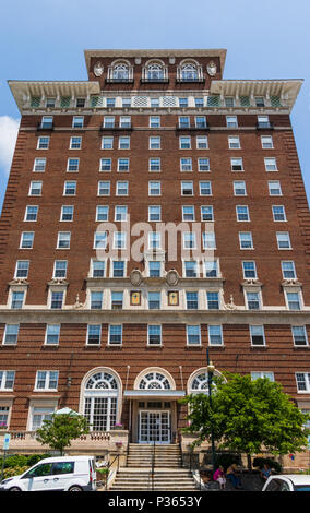 ASHEVILLE, NC, USA-10 JUNE 18:  The Battery Park hotel building, now serving as senior citizens' apartments. - Stock Image