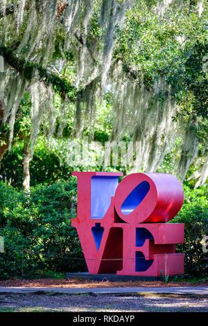 Love sculpture, pop sculpture by American artist Robert Indiana, Sydney and Walda Besthoff Sculpture Garden, New Orleans Sculpture Garden New Orleans, - Stock Image