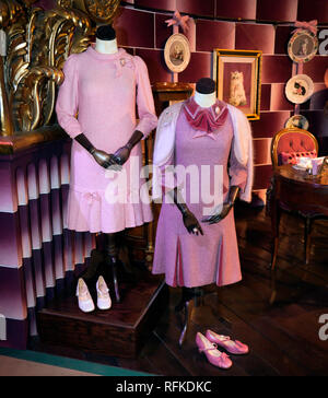 Imelda Staunton's costume's  as Dolores Jane Umbridge, in  Harry Potter and the Order of the Phoenix, Warner Brothers Studio Tour, Leavesdon - Stock Image