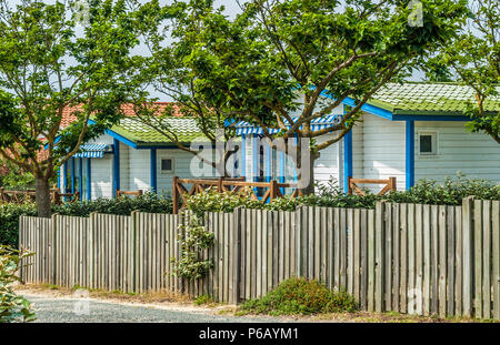 France, Landes, Leon, mobile home in the camping of Courant d'Huchet natural reserve - Stock Image