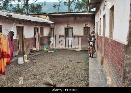 View of the homes of African familes in southwest Uganda, living near the border with Rwanda - Stock Image
