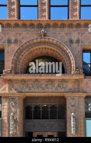 Guaranty Trust Building, Detail of Front Facade, by Louis Sullivan and Dankmar Adler, Downtown Buffalo, NY - Stock Image