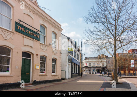 The Crown pub on Geroge Street in Luton, Bedfordshire, UK - Stock Image