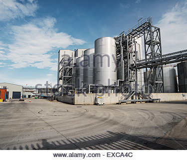 Palm oil refinery, Bootle Dock area, Liverpool, UK.  Processing facility for palm oil shipped from Papua New Guinea. - Stock Image