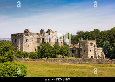 UK, Yorkshire, Wharfedale, Barden, Barden Tower, ruined 15th century hunting lodge - Stock Image