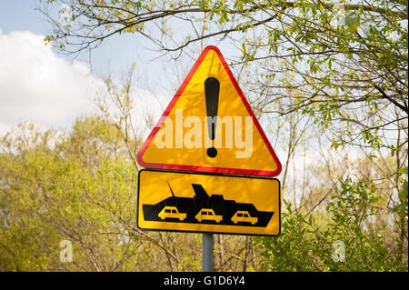 Cable ferry ship warning sign by the wayside, course from Janowiec to Kazimierz Dolny in Poland, Europe, passenger - Stock Image