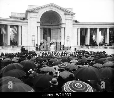 Easter Sunrise Services at Arlington National Cemetary ca. Easter 1932 - Stock Image