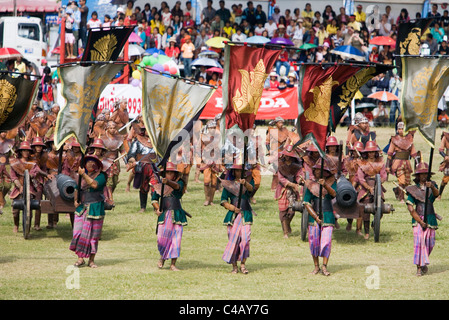 Thailand, Surin, Surin.  Ancient war re-enactment in  during the annual Surin Elephant Roundup festival. - Stock Image