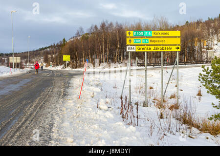 Sign at the border between Norway and Russia near Kirkenes, Finnmark County, Norway - Stock Image