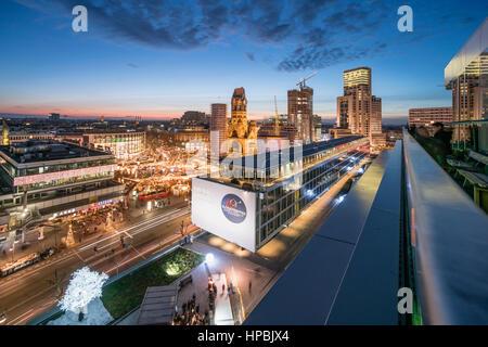 City West, Bikini Shopping Center, Christmas market, Breitscheidplatz, Kaiser Wilhelm Memorial Church, Waldorf Astiroa - Stock Image