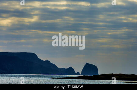 Rosbeg, County Donegal, Ireland. 27th March 2019. A calm Atlantic Ocean bodes well for the beginning of the shell fishing season which begins today. Credit: Richard Wayman/Alamy Live News - Stock Image