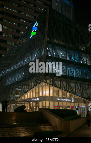 Standard Chartered Bank building in Exchange Square, Central - Stock Image