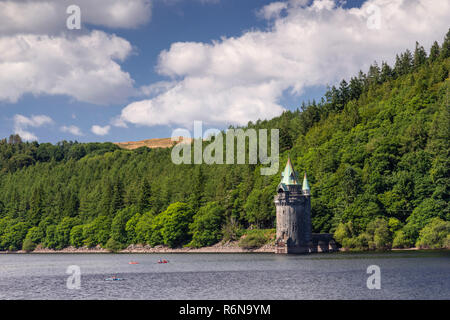 Victorian tower at Lake Vyrnwy reservoir in Powys, Wales - Stock Image
