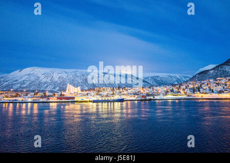 View towards the mainland area of Tromsdalen and the Arctic Cathedral, from the city center area of Tromsø, - Stock Image
