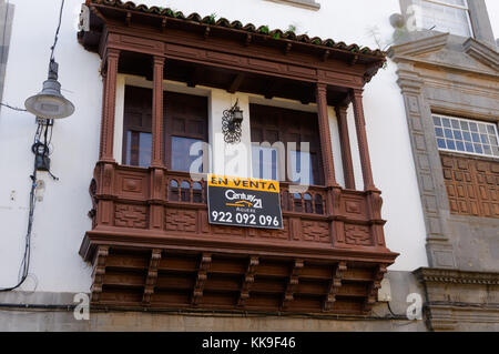 traditional canary island balcony wooden century 21 real estate broker estate agent agents buying property abroad - Stock Image