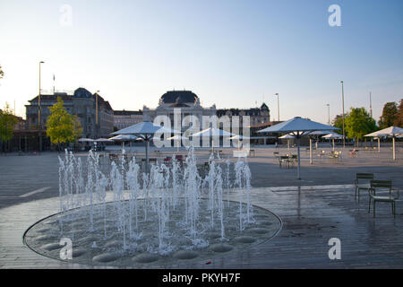 Zurich - Opera and fountain - Stock Image