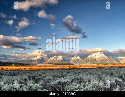 The Grand Teton Mountains and Jackson Lake in Great Teton National Park. - Stock Image