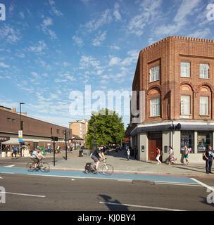 View across intersection towards Binfield Road. Stockwell Framework Masterplan, London, United Kingdom. Architect: - Stock Image