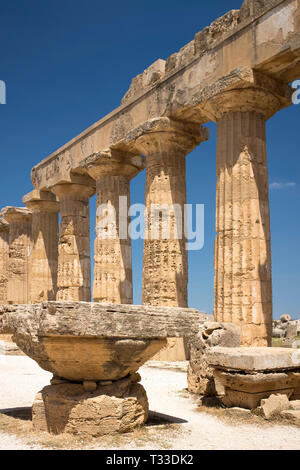 Ruins of ancient temples at Selinunte in Sicily, Italy - the largest archeological park in Europe. - Stock Image