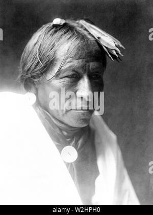 Edward S. Curtis Native American Indians - American Indian Man, possibly Taos ca. 1905 - Stock Image