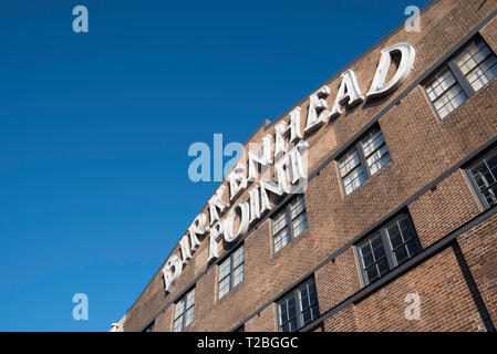 Birkenhead Point shopping complex on the banks of the Parramatta River near the Iron Cove bridge is a restored former Dunlop tyres factory - Stock Image