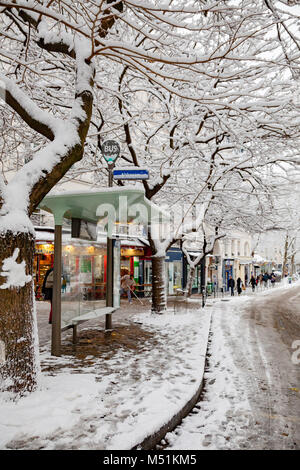 Snow covered bus stop in Montmartre, Paris - Stock Image
