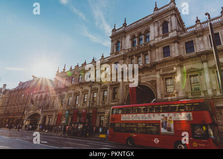 LONDON, UNITED KINGDOM - August 21st, 2018: the facade of the Burlington House in Piccadilly in London city centre - Stock Image