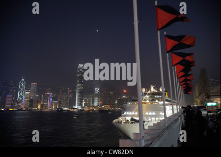 The Costa Classica cruise ship in front of Hongkong 's skyline, China SAR - Stock Image