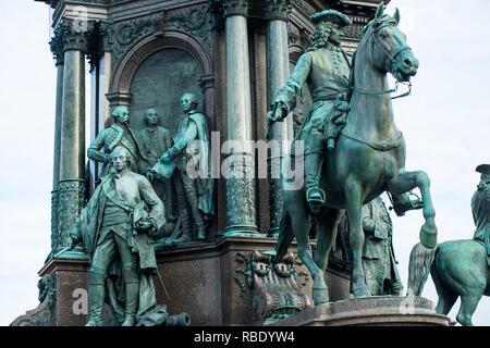 Statues of her advisors on Empress Maria Theresia monument on Maria Theresien Platz, Vienna, Austria. - Stock Image
