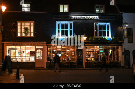 Brighton Views at night - The Pump House pub and bar in The Lanes district  Photograph taken by Simon Dack - Stock Image