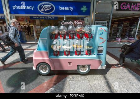 Mini Candy Van in Hastings, East Sussex, England , UK - Stock Image