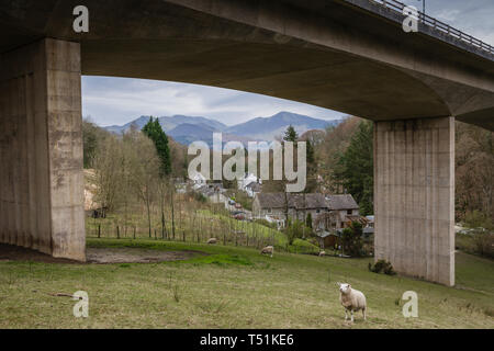 A66 Keswick bypass bridge framing the Lake District landscape. - Stock Image