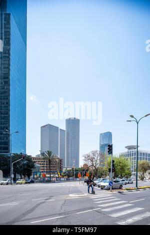 Israel, Tel Aviv-Yafo - 20 April 2019: Office buildings and Azrieli center in the background - Stock Image