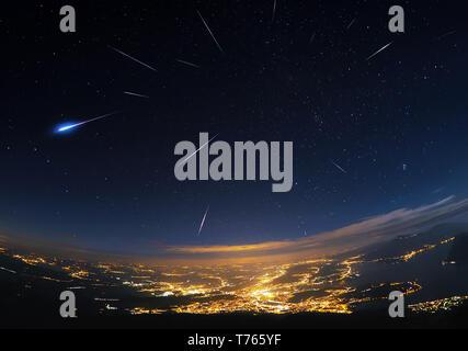 Perseid meteor shower over Lucerne - Stock Image