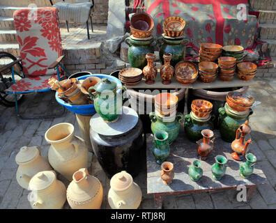 Pottery market, Kashgar (Kashi), Kashgar Prefecture, Xinjiang Uyghur Autonomous Region, China - Stock Image