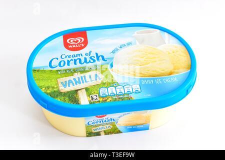 Wall's Cream of cornish,vanilla dairy ice cream, tub, - Stock Image