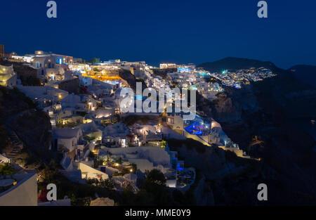 Twillight at Oia village  Santorini - Stock Image