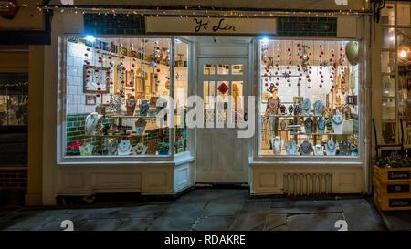 Yi Lin,Bespoke,Jewellery Shop,Christmas,Sun Street,Canterbury,Kent - Stock Image