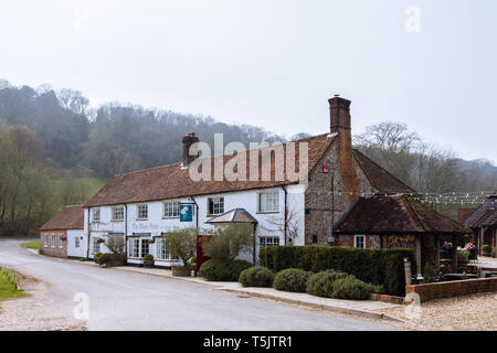 The White Horse inn and country hotel in South Downs National Park. Chilgrove, Chichester, West Sussex, England, UK, Britain - Stock Image